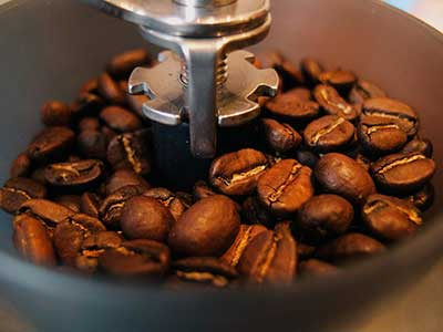 What is a Burr Coffee Grinder? - Consumer Files