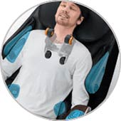 best-massage-chair-for-neck-pain-review-panasonic-ep-ma73-shoulder-massage-Consumer-Files