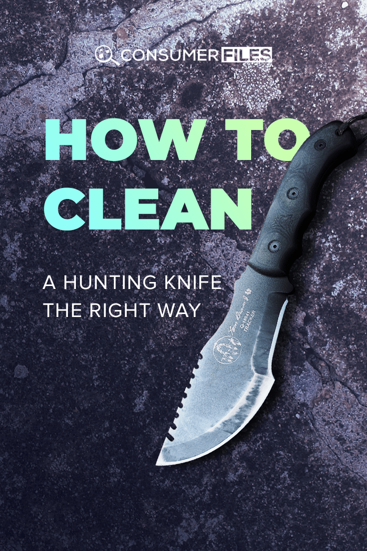 In this post, we'll take a detailed look at how to clean a hunting knife in order to prevent damage, keep it operational, and increase its life expectancy.