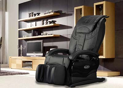 iComfort IC1115 Massage Chair features 11 airbags