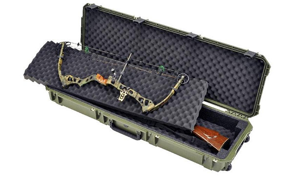 An Open View Image with Bow of Skb Double Bow/Rifle Case
