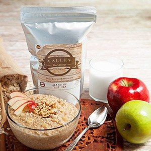An Image of Apple Oatmeal for Review of My Year of Eating Like the World Ended