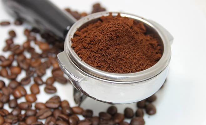 Whole Coffee Beans vs. Pre-Ground Coffee for Choosing Coffee Beans